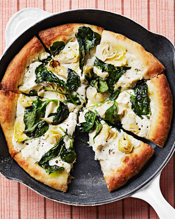 artichoke-and-spinach-skillet-pizza-102817879.jpg