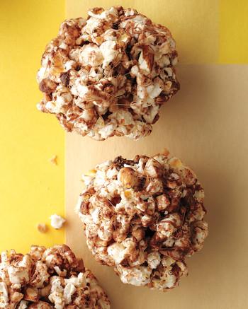 desserts-toffee-almond-popcorn-balls-med108749-001b.jpg