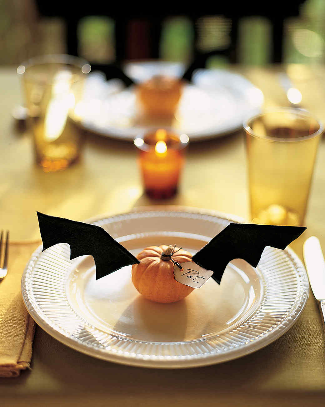 flying place cards martha stewart. Black Bedroom Furniture Sets. Home Design Ideas