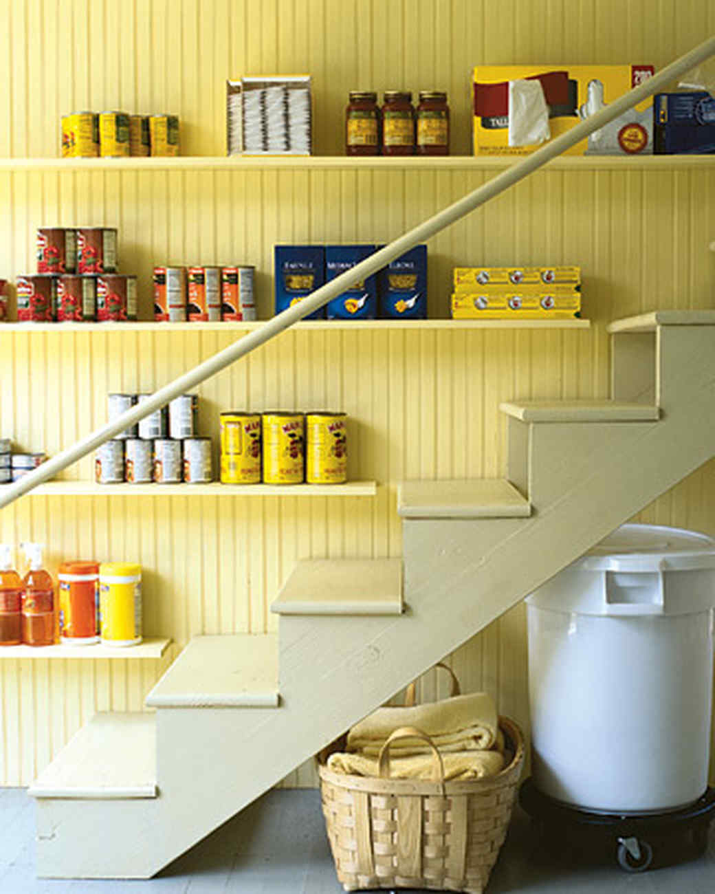 Effective Pantry Shelving Designs For Well Organized: 10 Best Pantry Storage Ideas