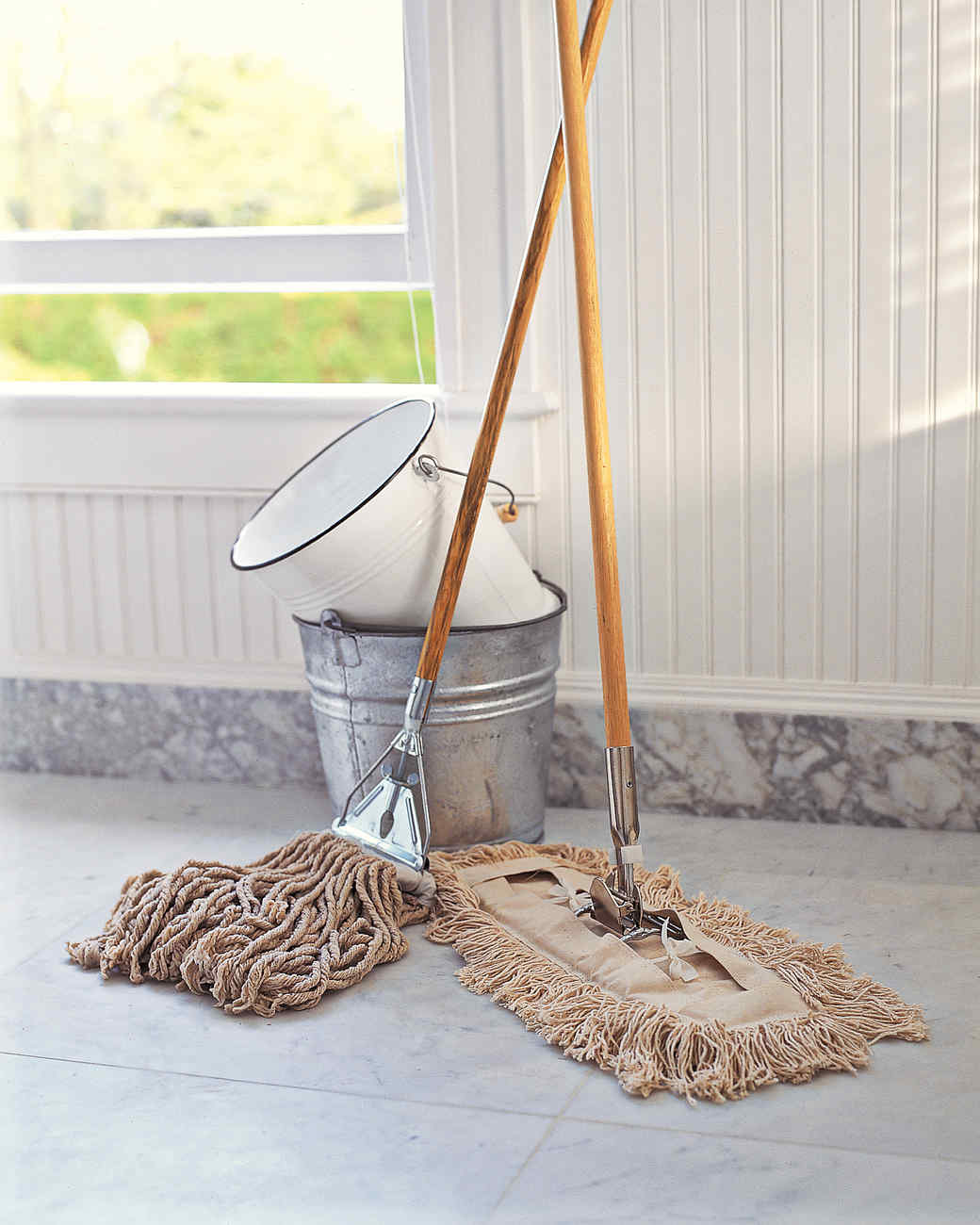 Mopping: The Basics Everyone Should Know