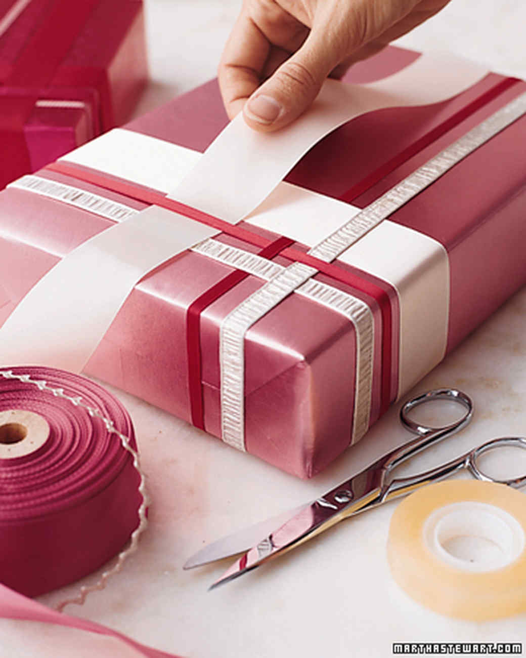 Ribbons put an edge to your gift that is unique for your recipient to appreciate.