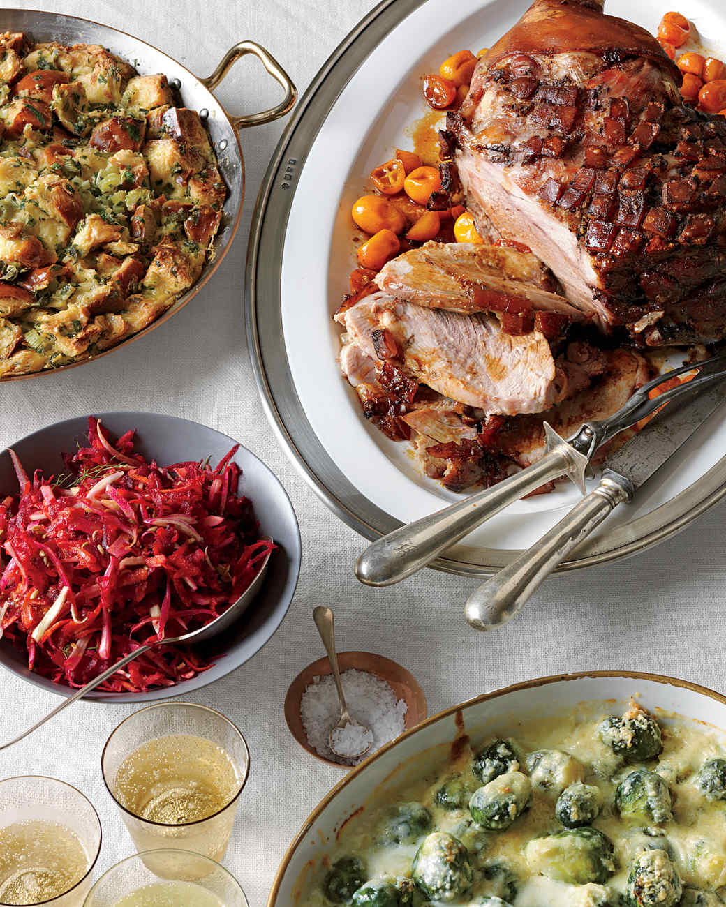 Countdown to christmas dinner martha stewart for Table 52 brunch menu