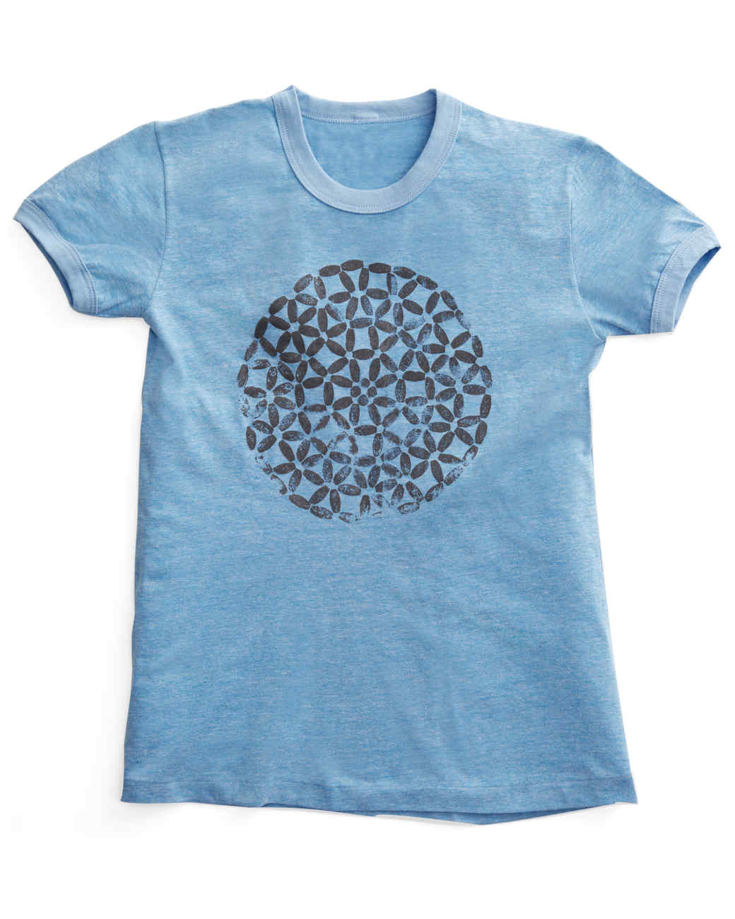 t-shirt-mld108774.jpg