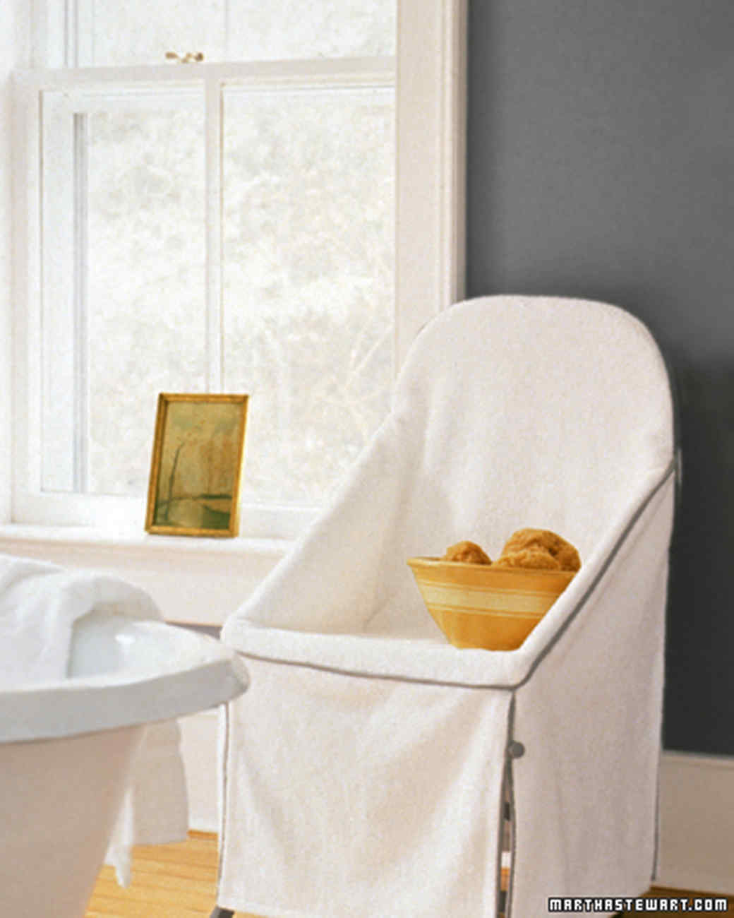 Bathroom storage organization martha stewart for Martha stewart bathrooms