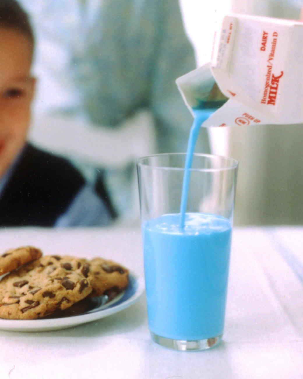 la100589_0404_milk.jpg