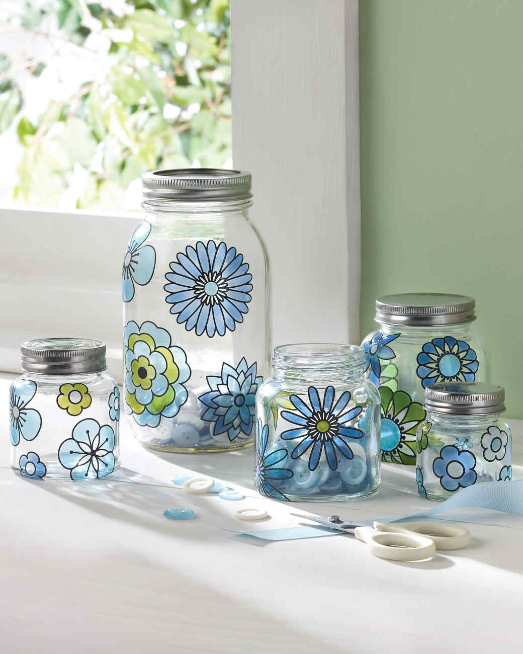 Gussied Up Glass 20 Crafts Made Using Martha Stewart