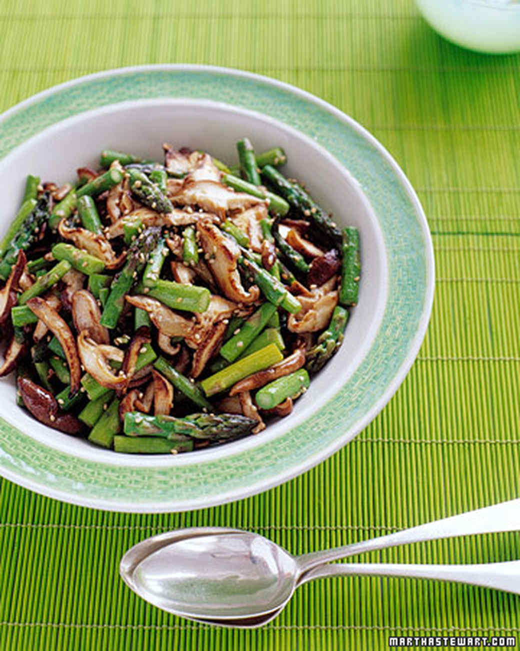 Stir-Fried Asparagus And Shiitake With Ginger And Sesame Recipe ...