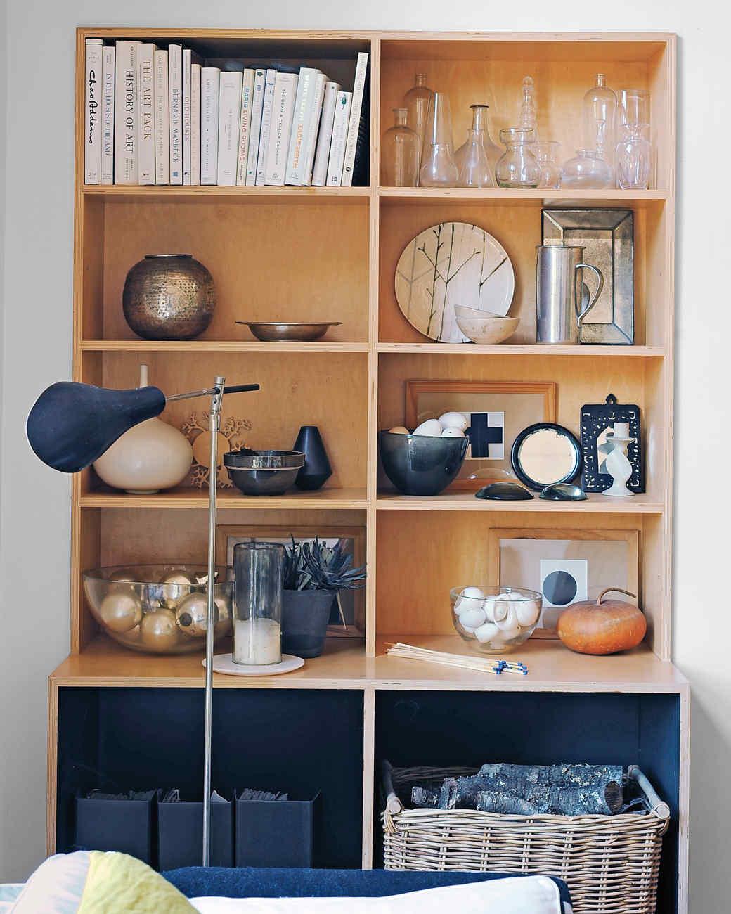 cabinets-2-ms110496.jpg