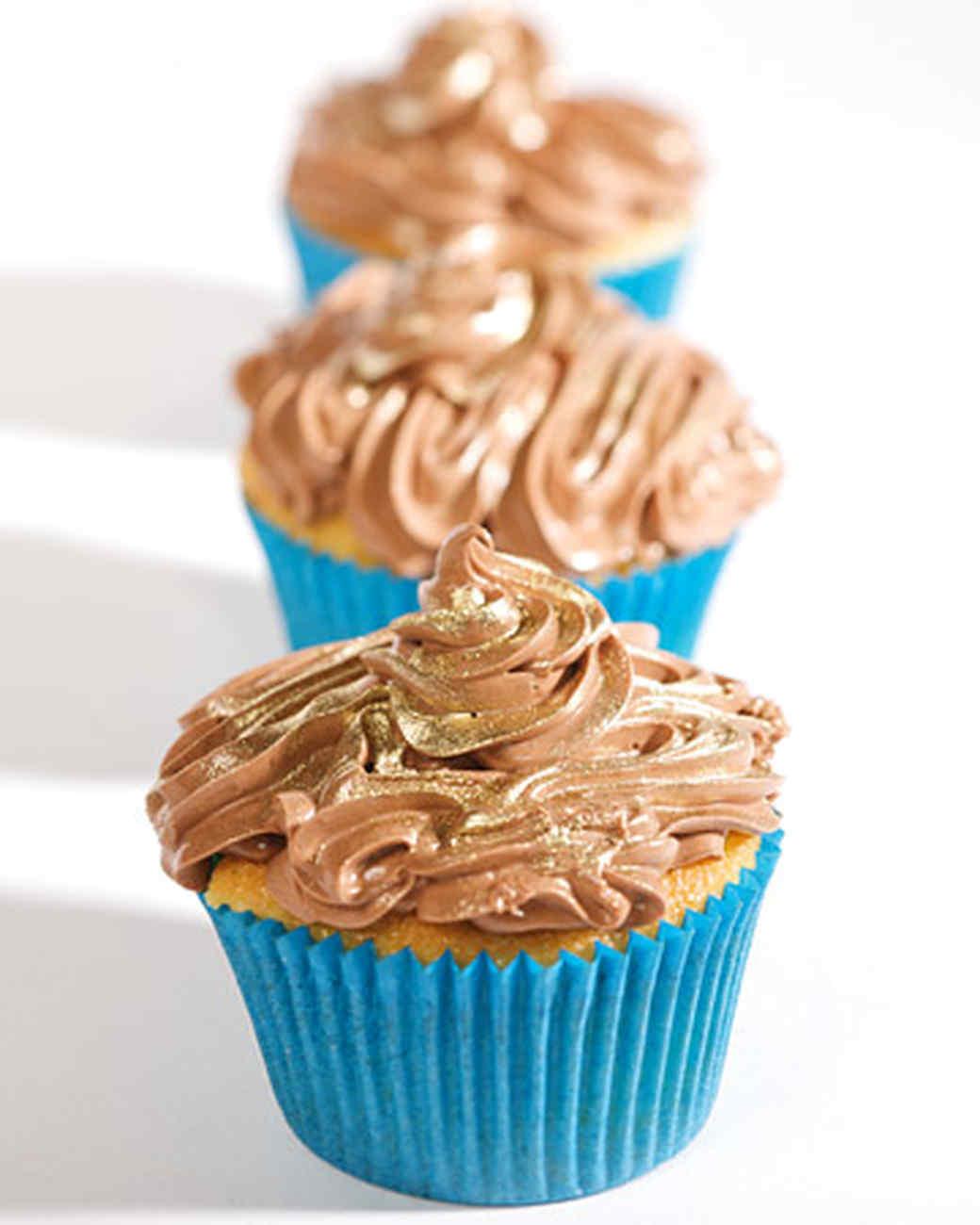 3135_040408_cupcakes.jpg