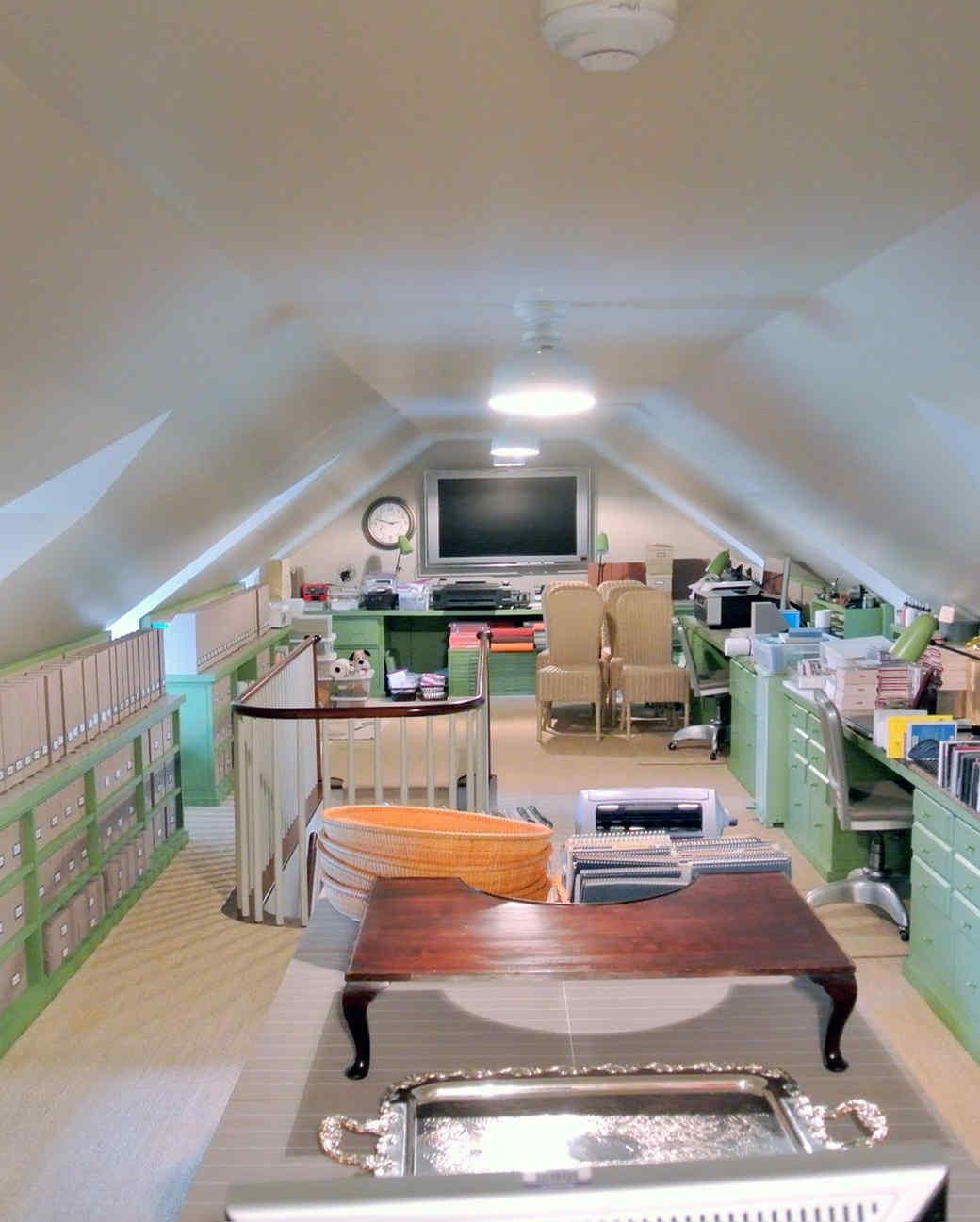 craft-room-before-02.jpg