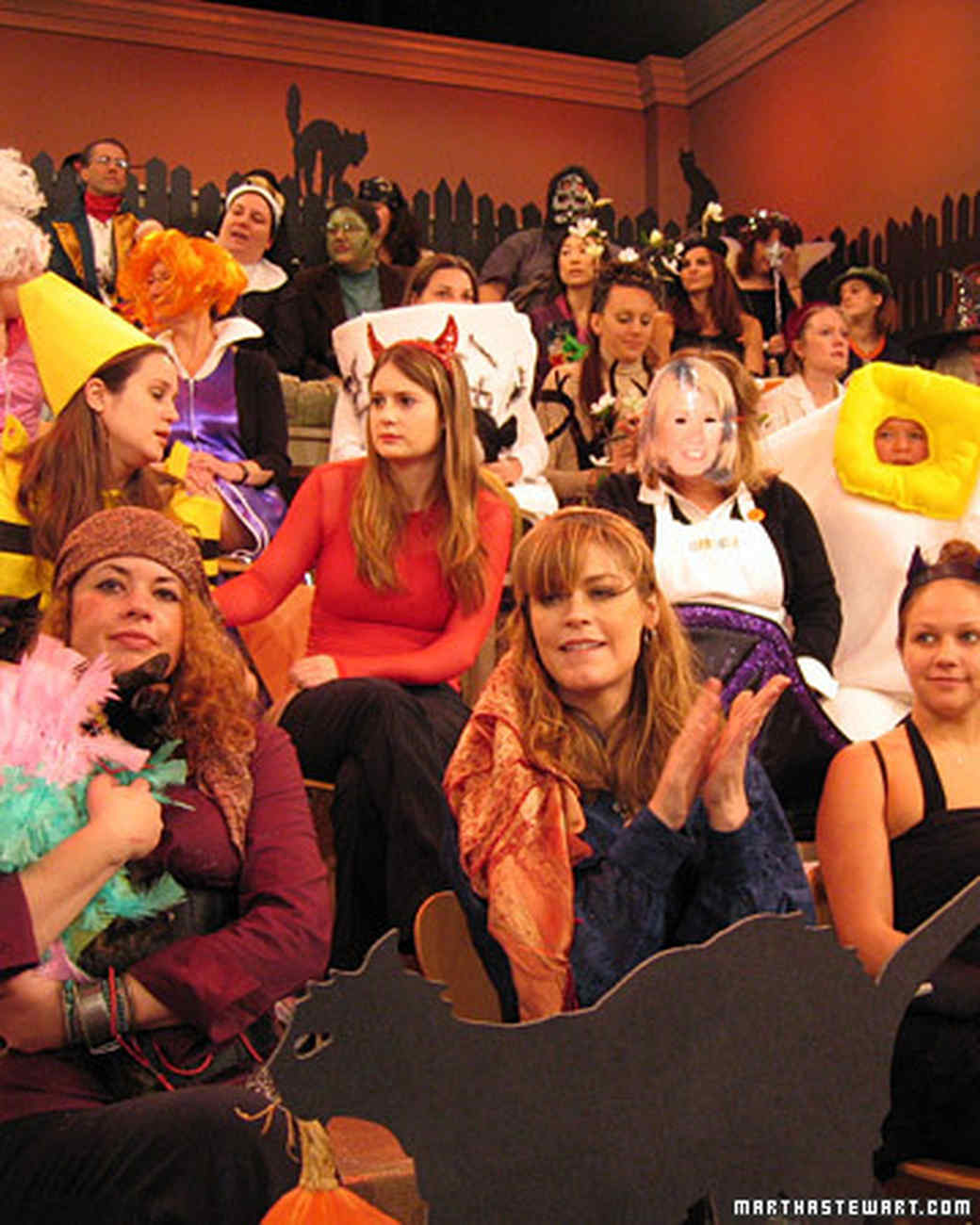 halloween2_audience2.jpg