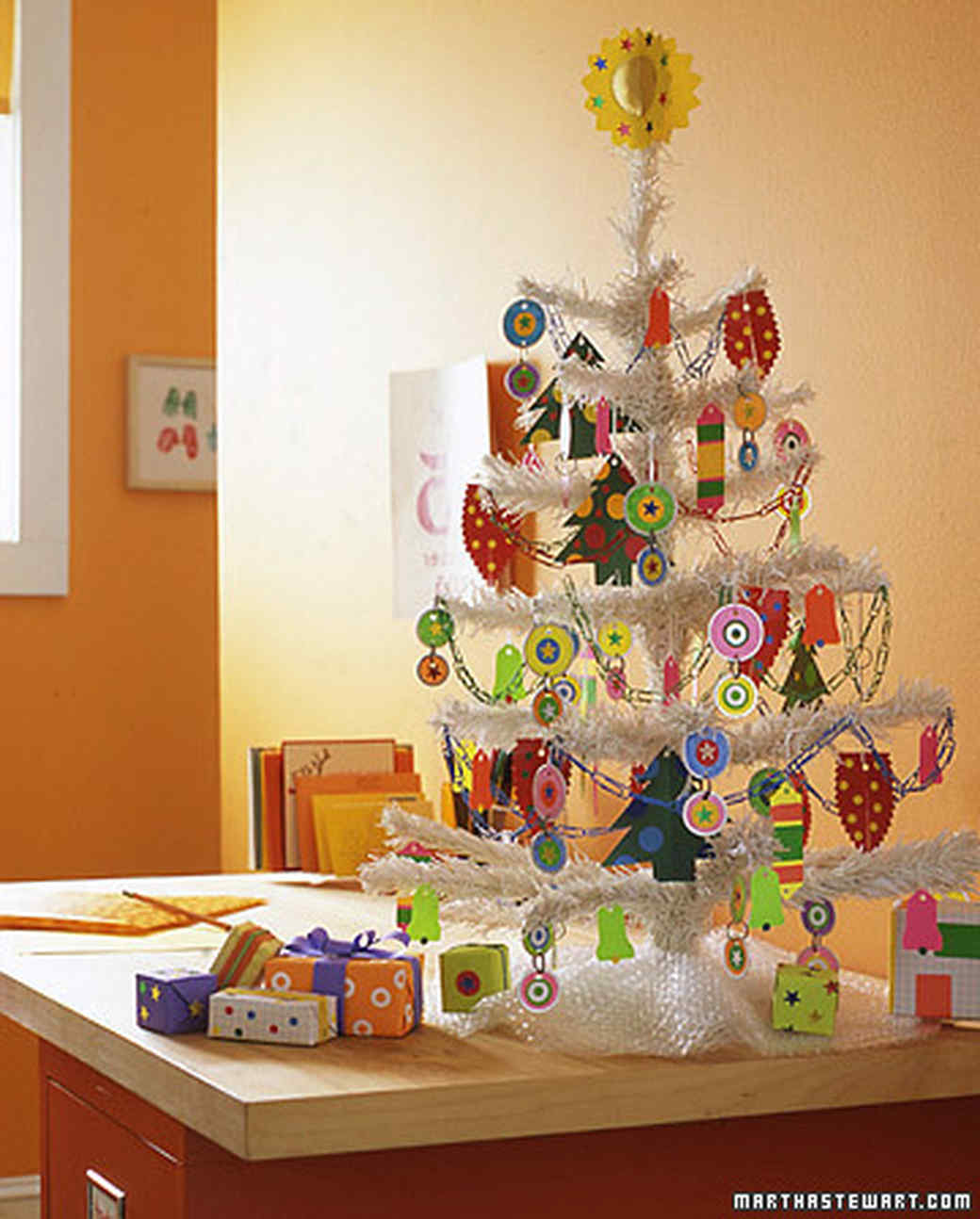 Paper Decorations For Christmas Tree