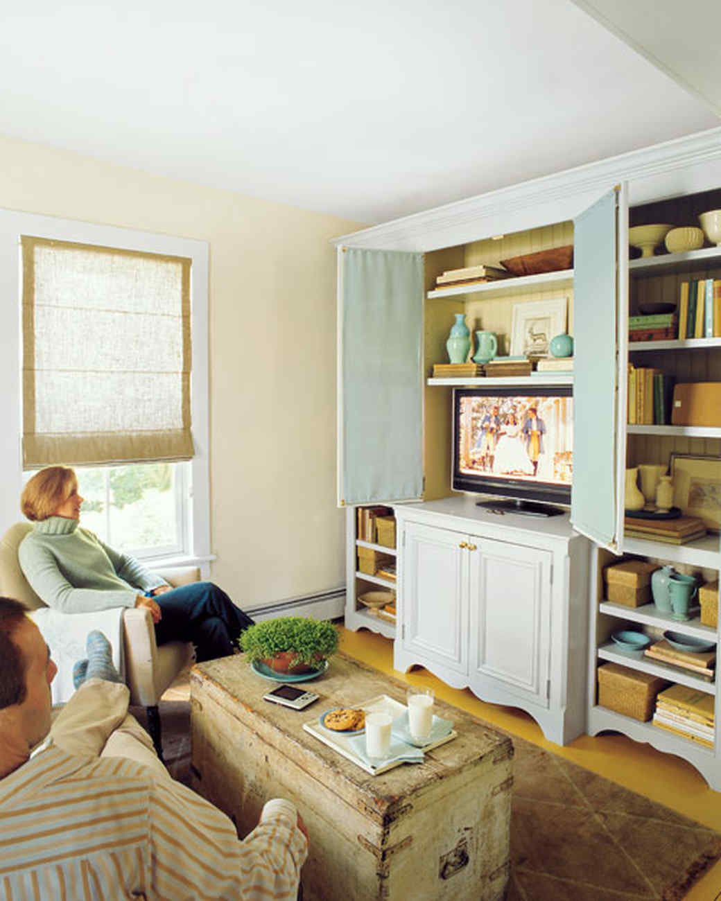 Living Room Organization organizing technology in your living room | martha stewart