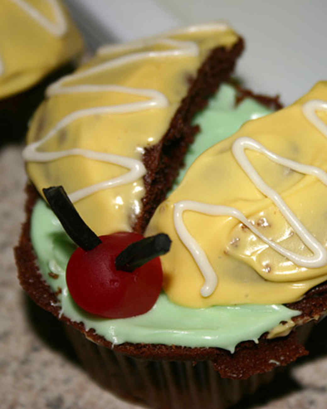 ori00019248_cupcakes.jpg