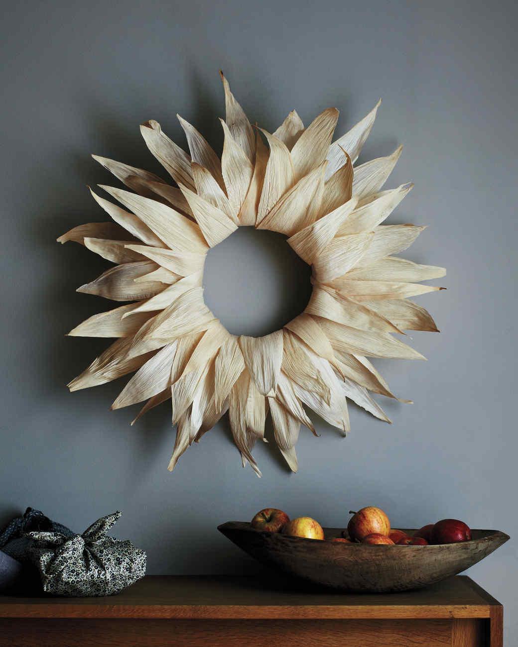 wreath-0200-md110457.jpg