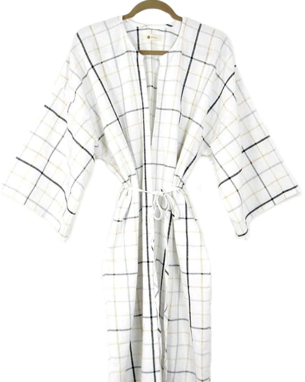 Accompany's kimono robe
