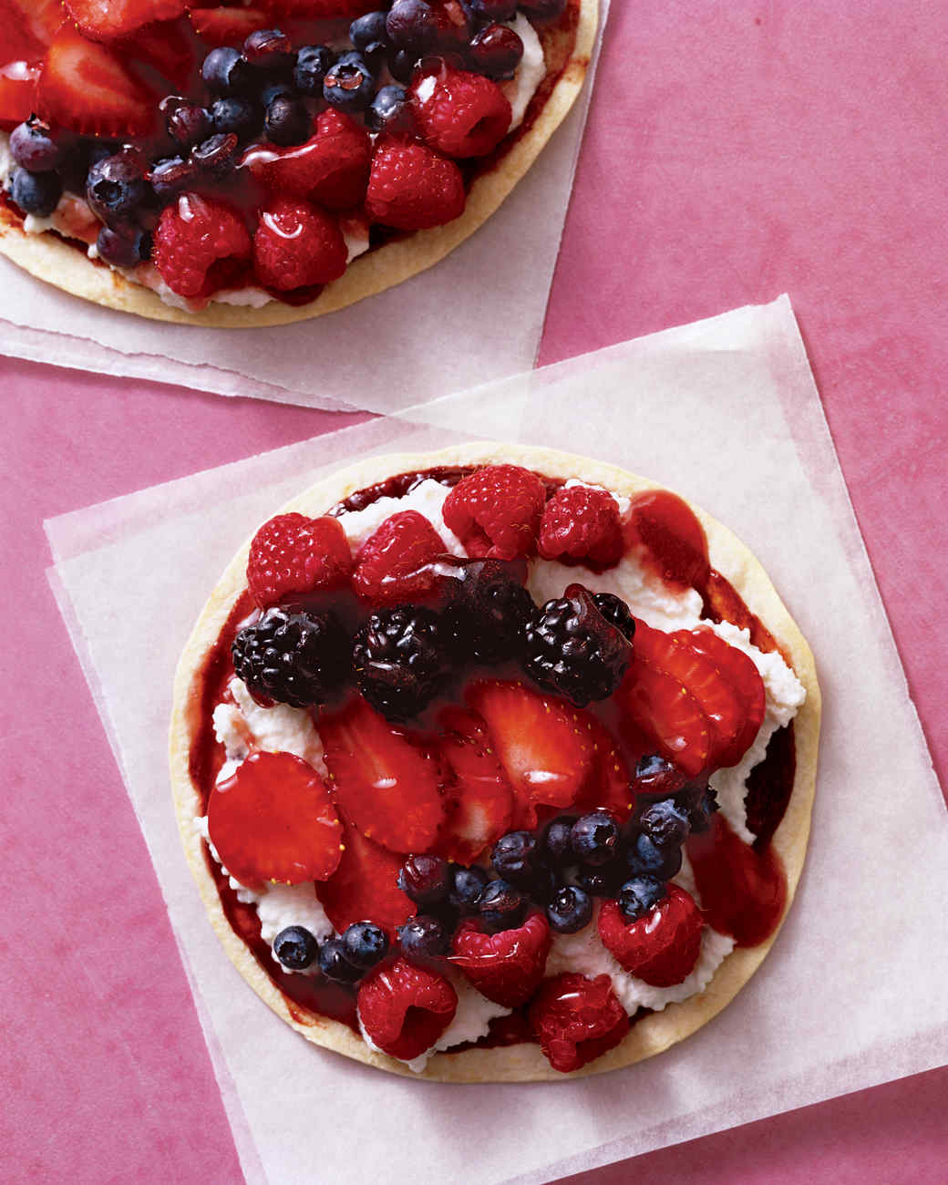 bas_jul06_berry_pizza.jpg