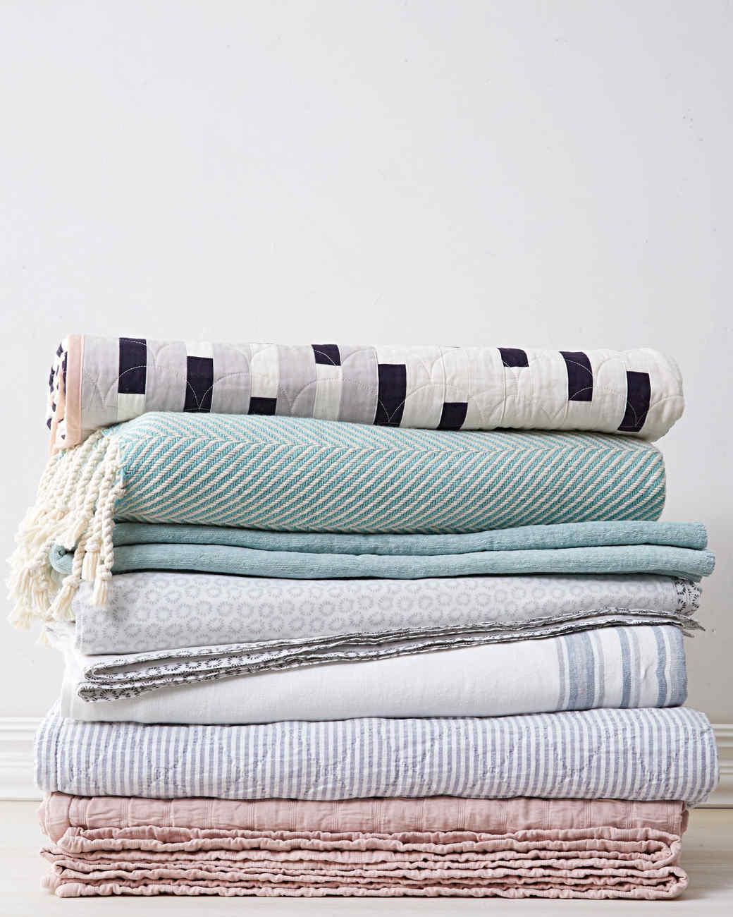 blankets-6780-d112914.jpg