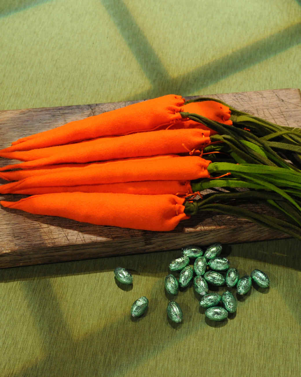 carrot-pouch-mslb7120.jpg