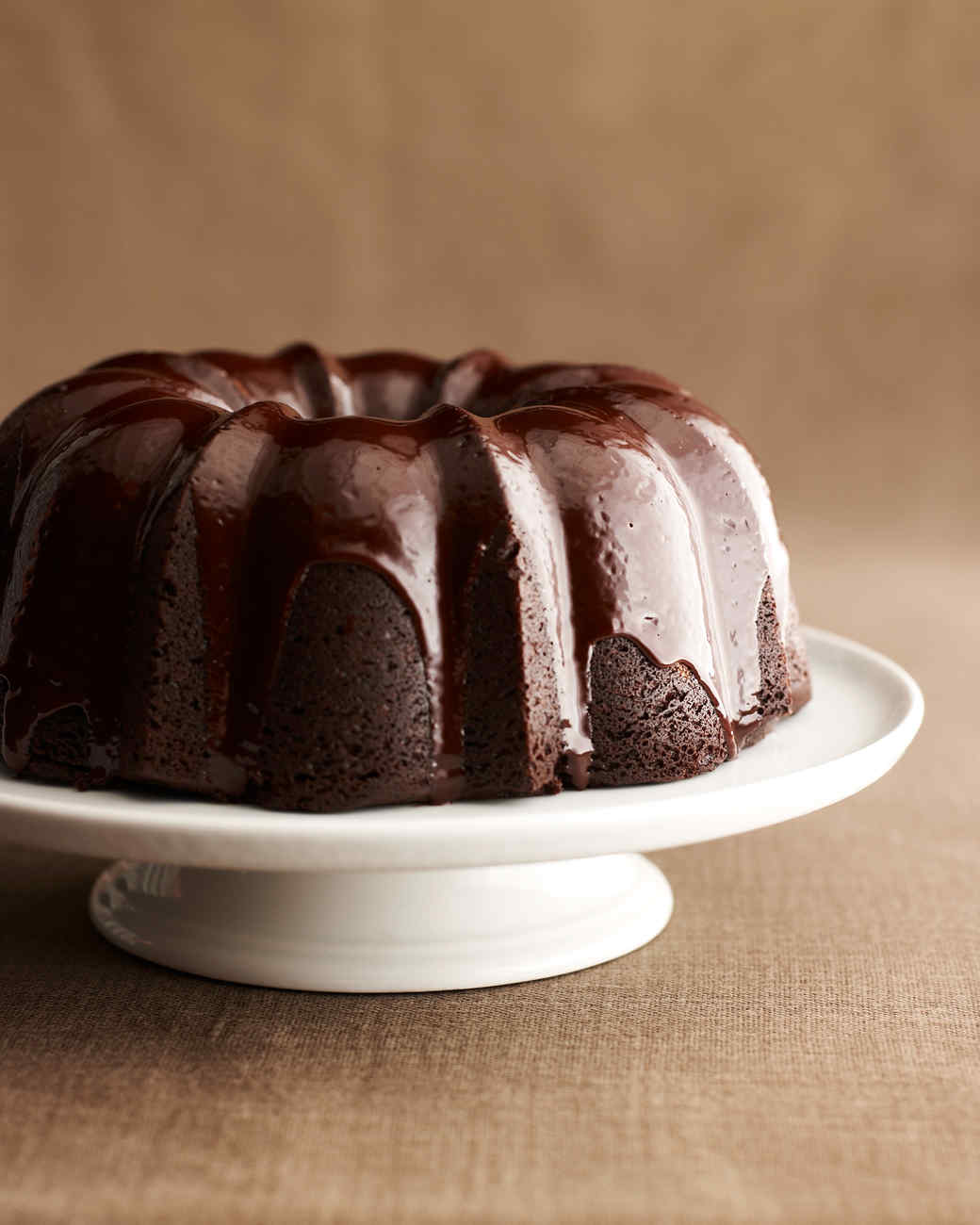 Chocolate Bundt Cake Decorating Ideas : Devils Bundt Cake