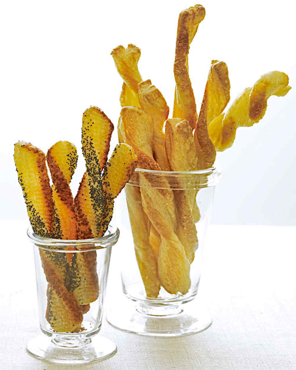 mb_1005_cheese_straws.jpg
