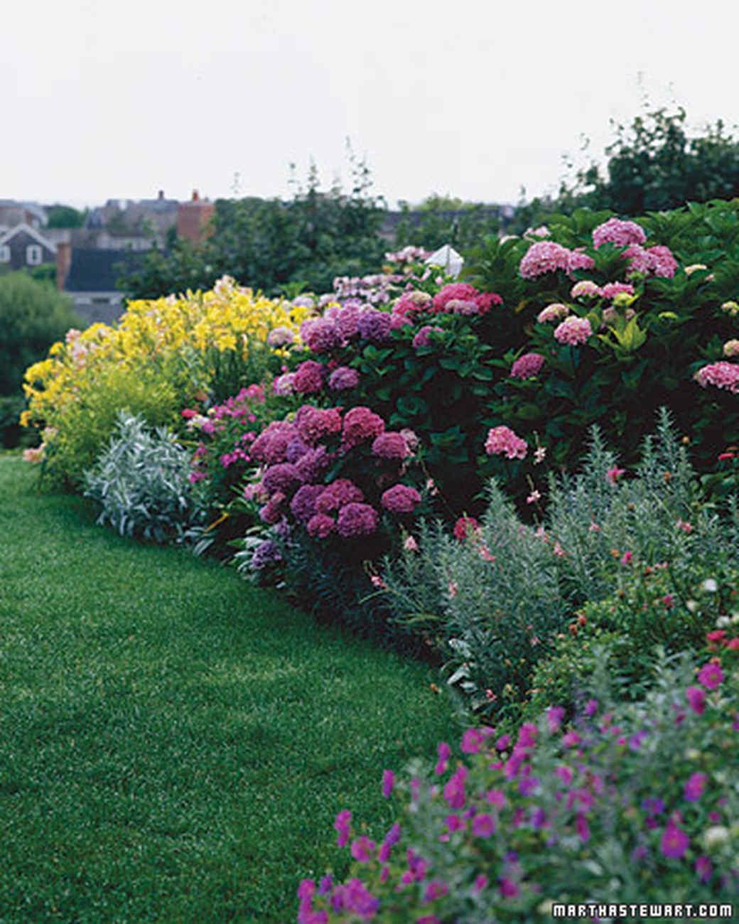 60 Great Ideas for the Garden Martha Stewart