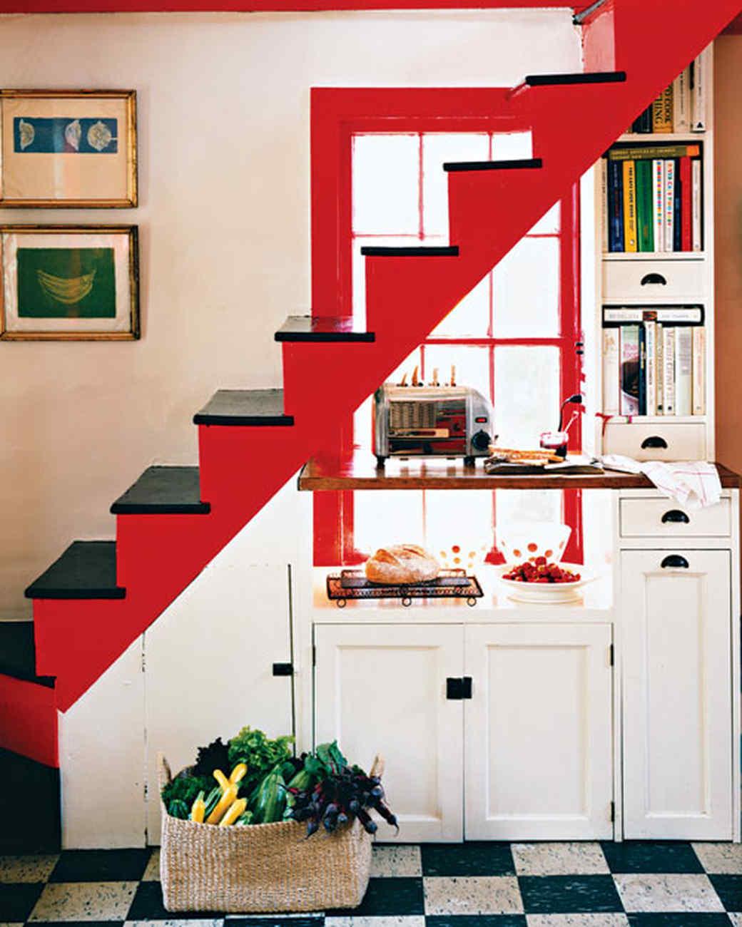 mla103203_0408_stairs.jpg