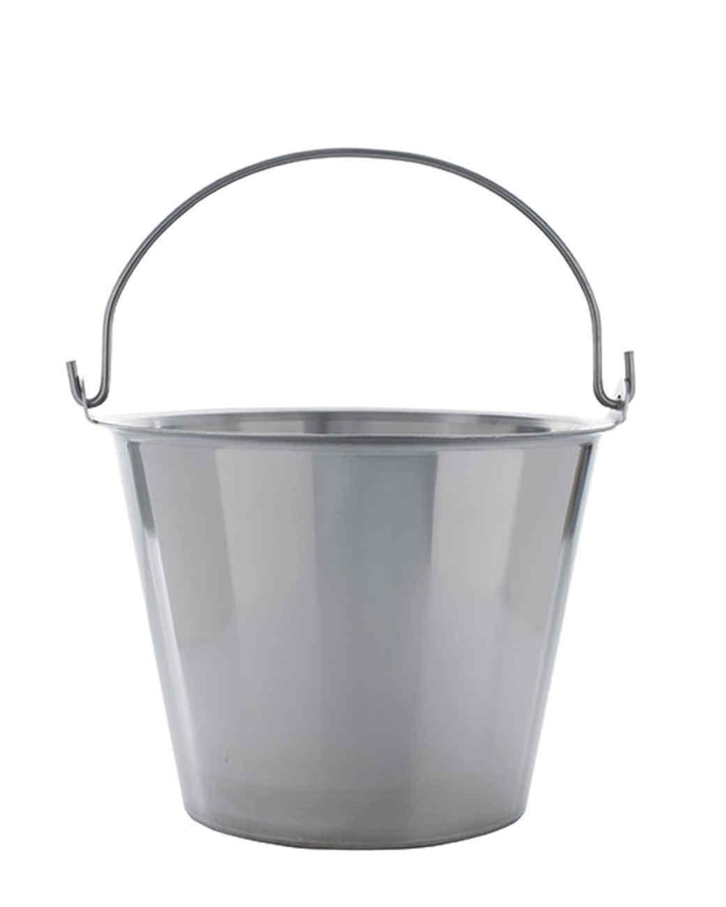 mld106069_0910_bucket.jpg