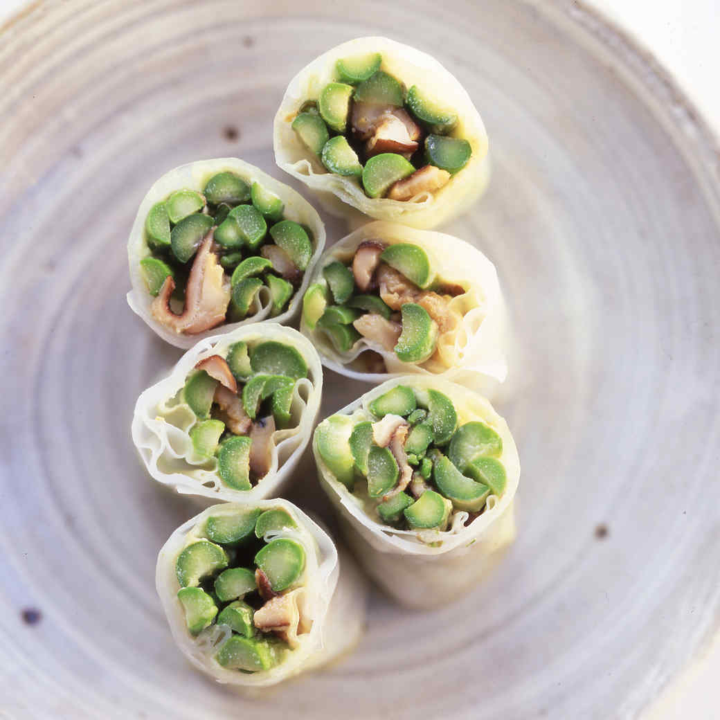 Wasabi Spring Rolls with Warm Asparagus and Shiitake Mushrooms