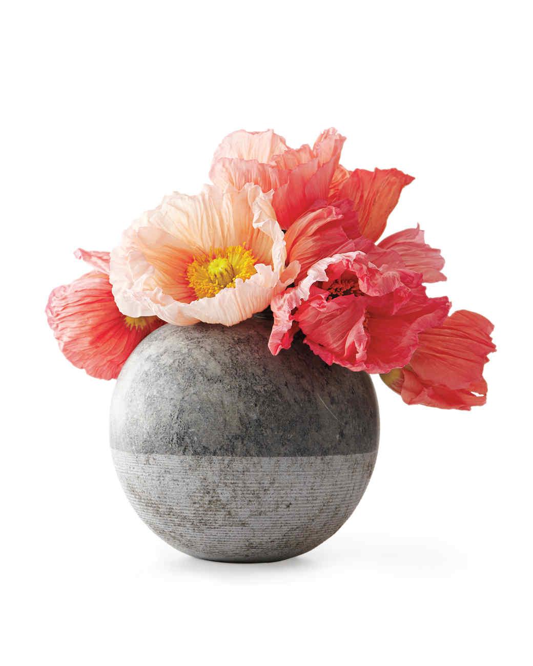 flowers-vase-mld108797.jpg
