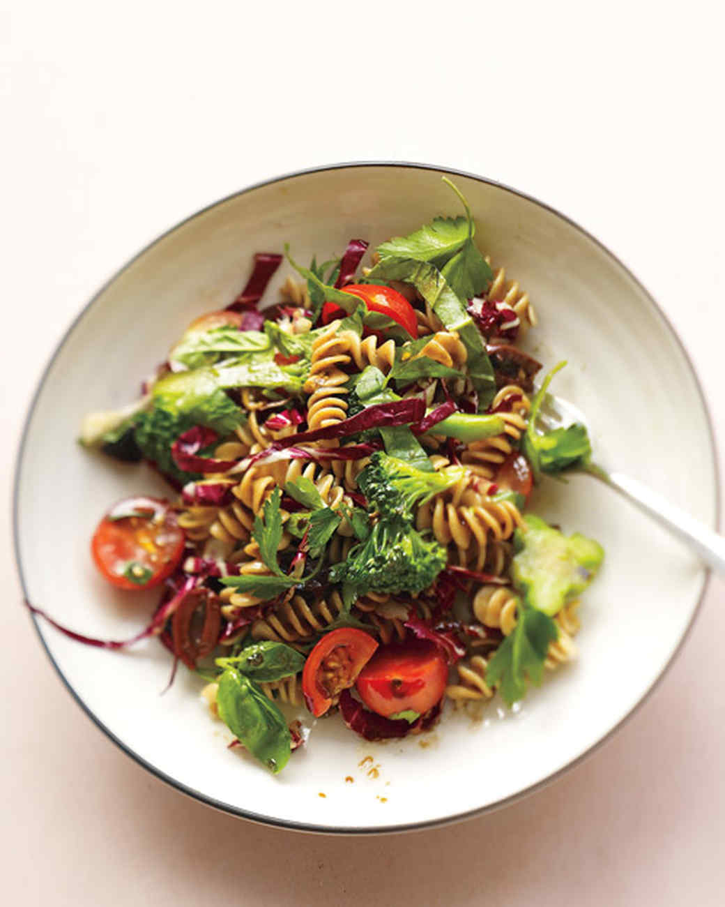 Italian Pasta Salad Recipes: Cue the Olives, Mozzarella, and Arugula