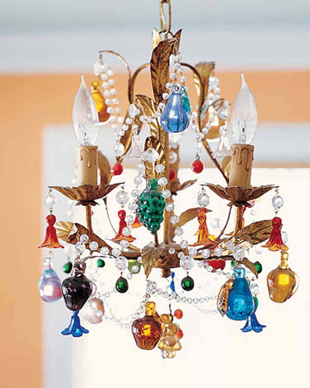 ml0903_0903_chandelier.jpg