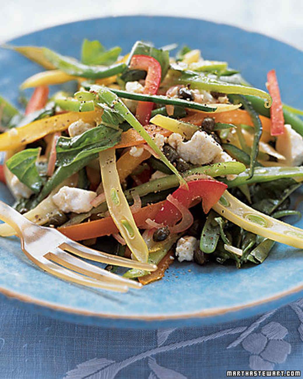 ml207_sip08_pepp_salad.jpg