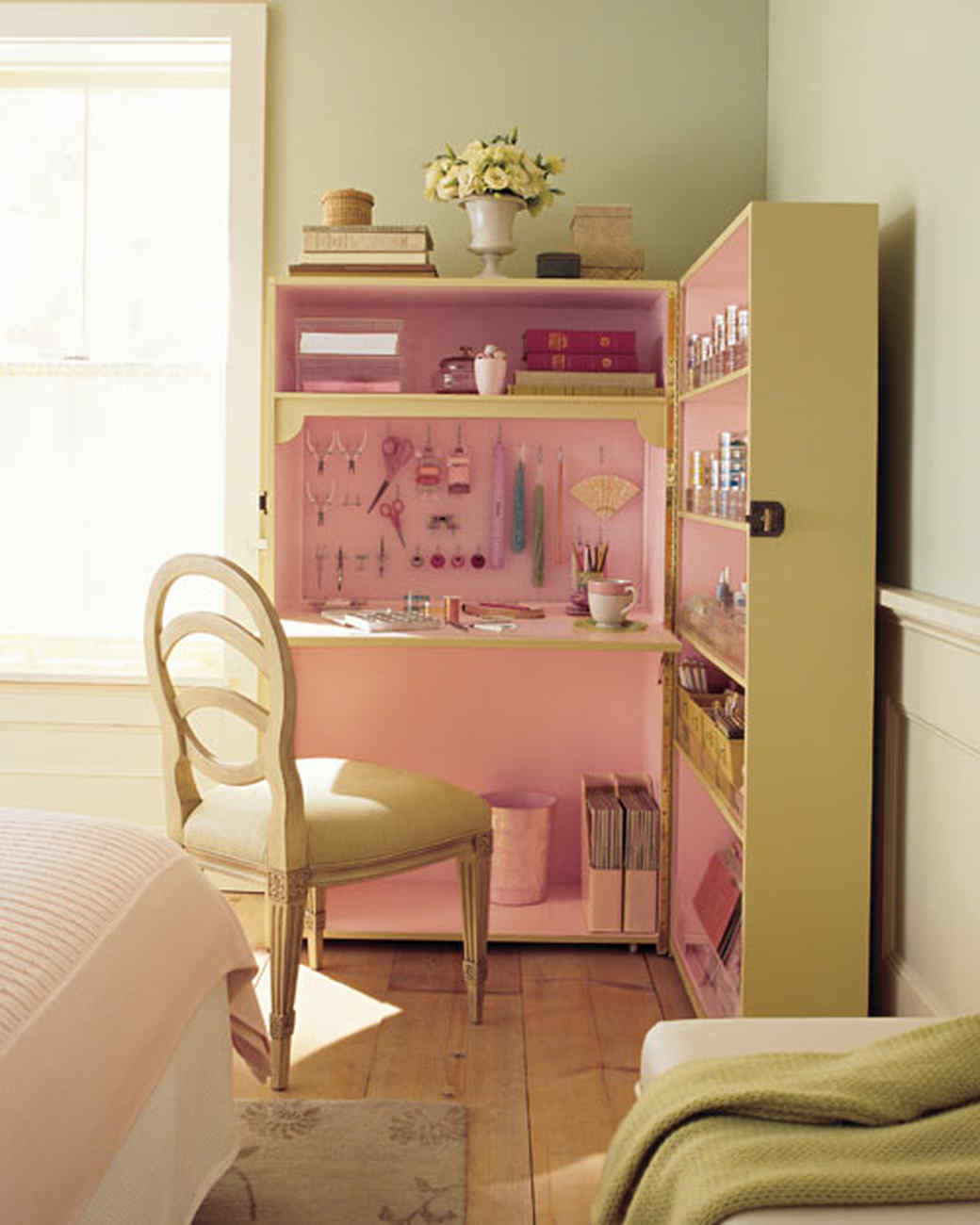 Martha Stewart Bedroom Furniture Organization Tricks 15 Steps To The Bedroom Of Your Dreams