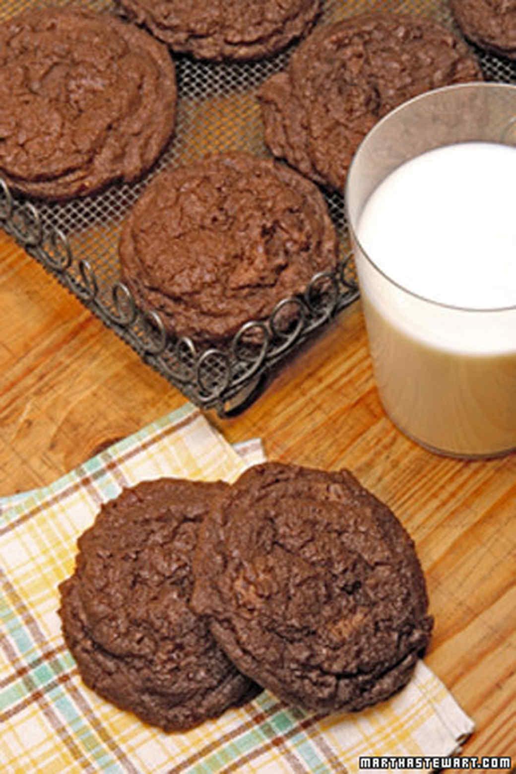 Espresso Double-Chocolate Chunk Cookies Recipe & Video | Martha ...