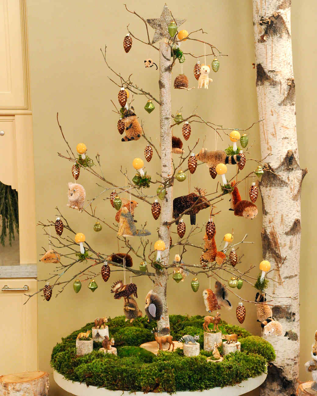 Birch tabletop tree video martha stewart for Martha stewart xmas crafts