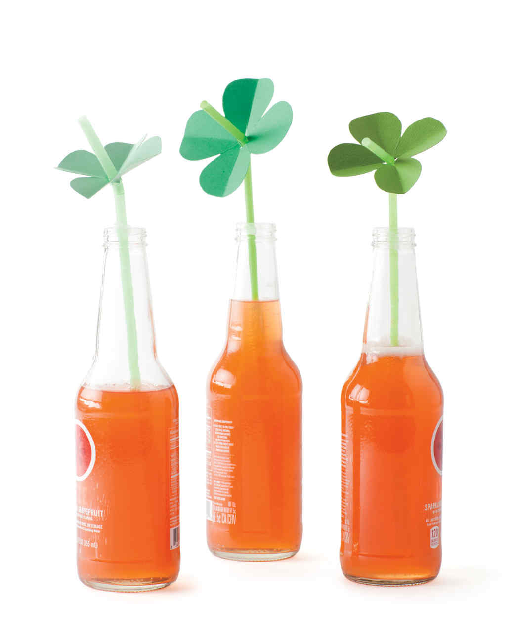 St pattys day crafts - Shamrock Straw Toppers