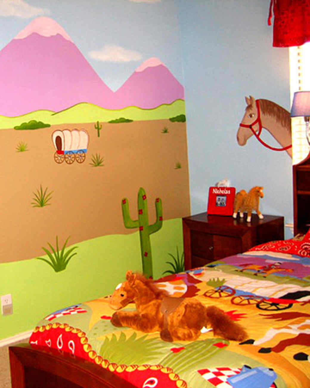 Whimsical Kids Room: Tracy Garcia's Whimsical Kids' Rooms