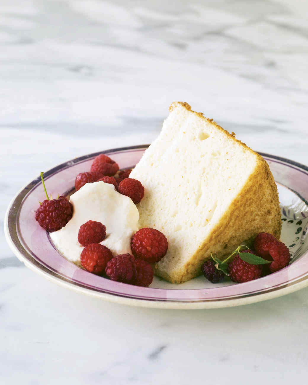 mb_1006_angel_food_cake.jpg