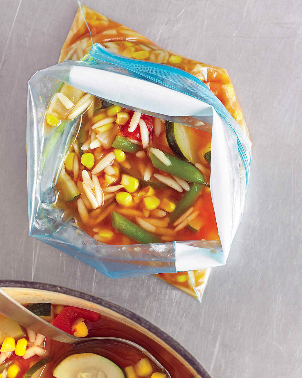 med103901_0908_veg_soup.jpg