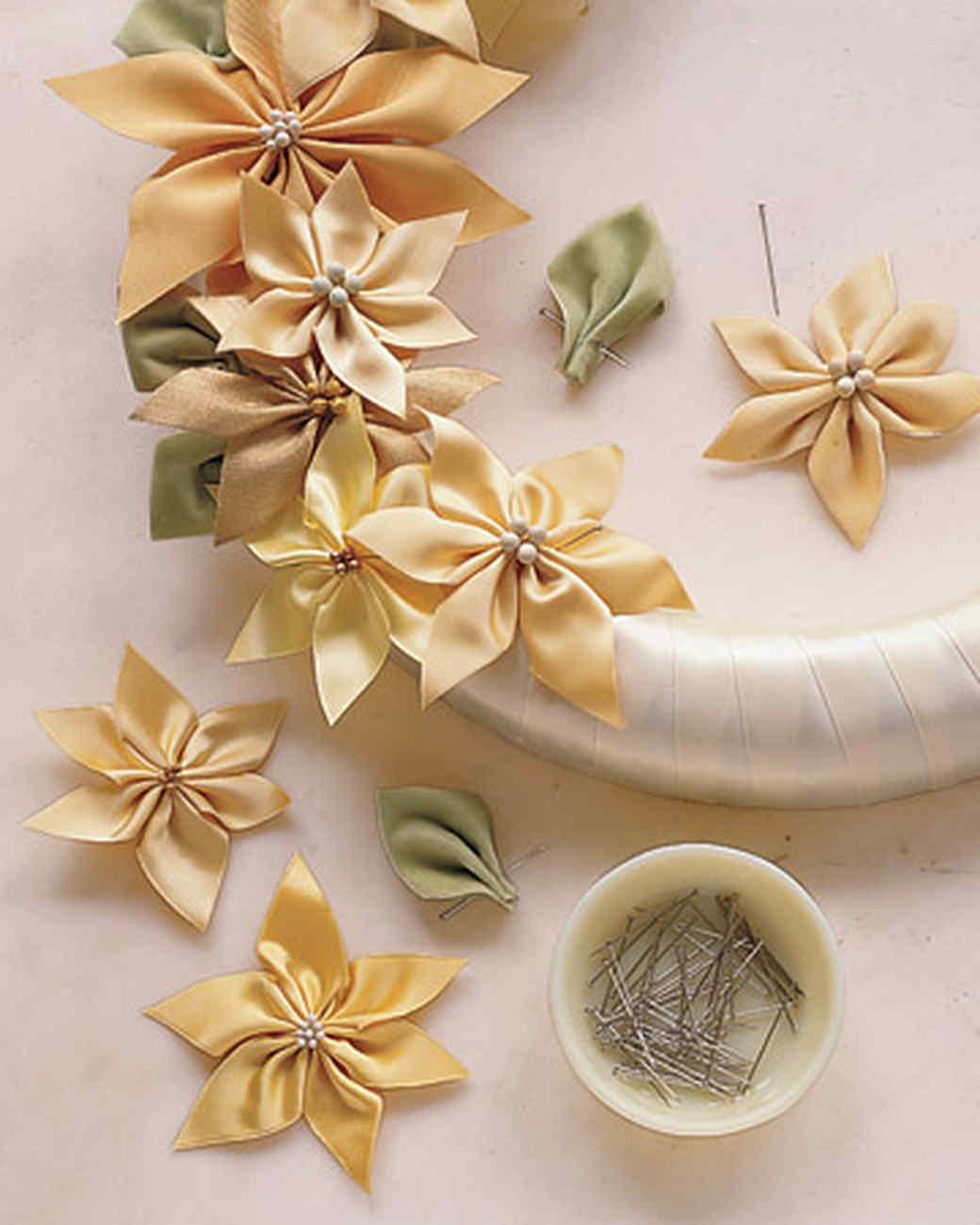 26 Gauge Wire >> Ribbon-Poinsettia Wreath | Martha Stewart