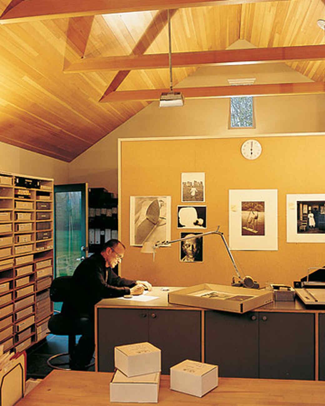 ml0903_0903_bill-office.jpg