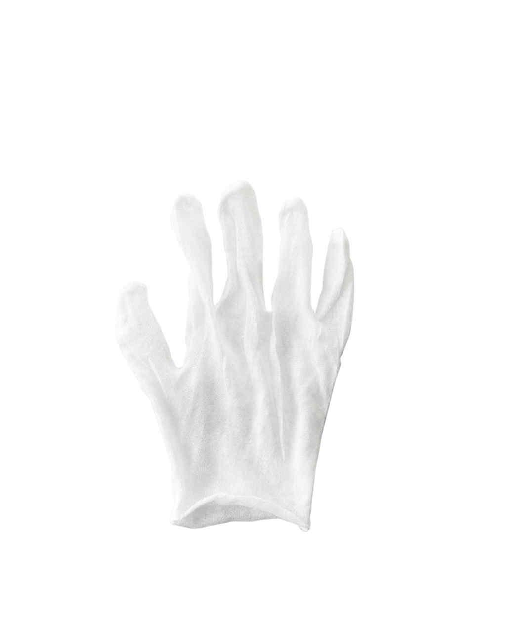 mld106069_0910_gloves05.jpg