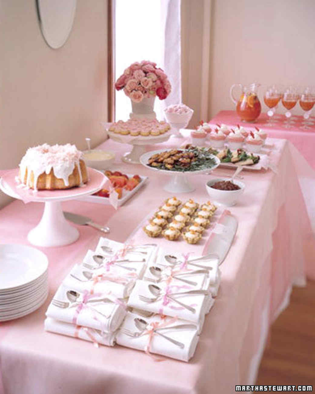 msw_spring03_pink_table.jpg