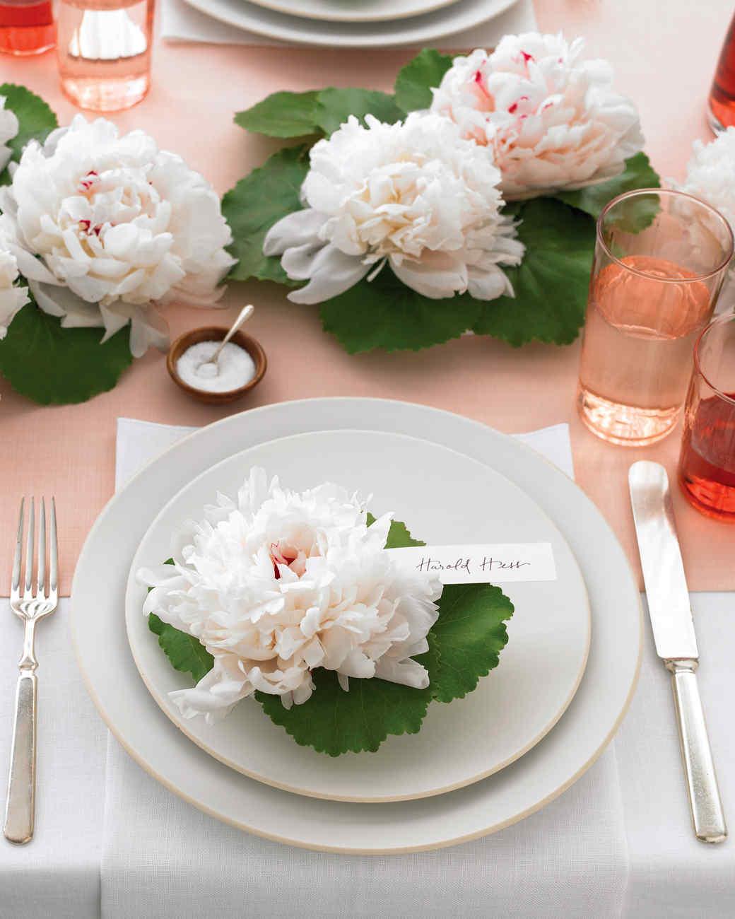 Martha Stewart Wedding Flowers Centerpieces : Floating flowers centerpiece martha stewart