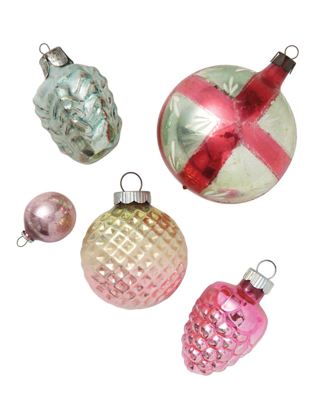 ornaments-132-mld110571.jpg