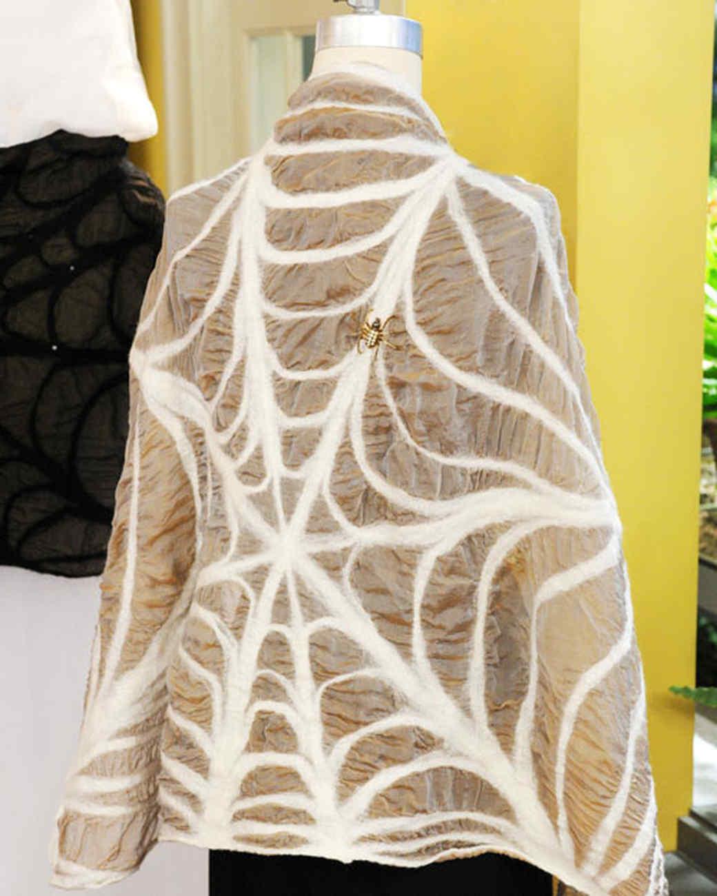 6025_102210_spider_shawl.jpg