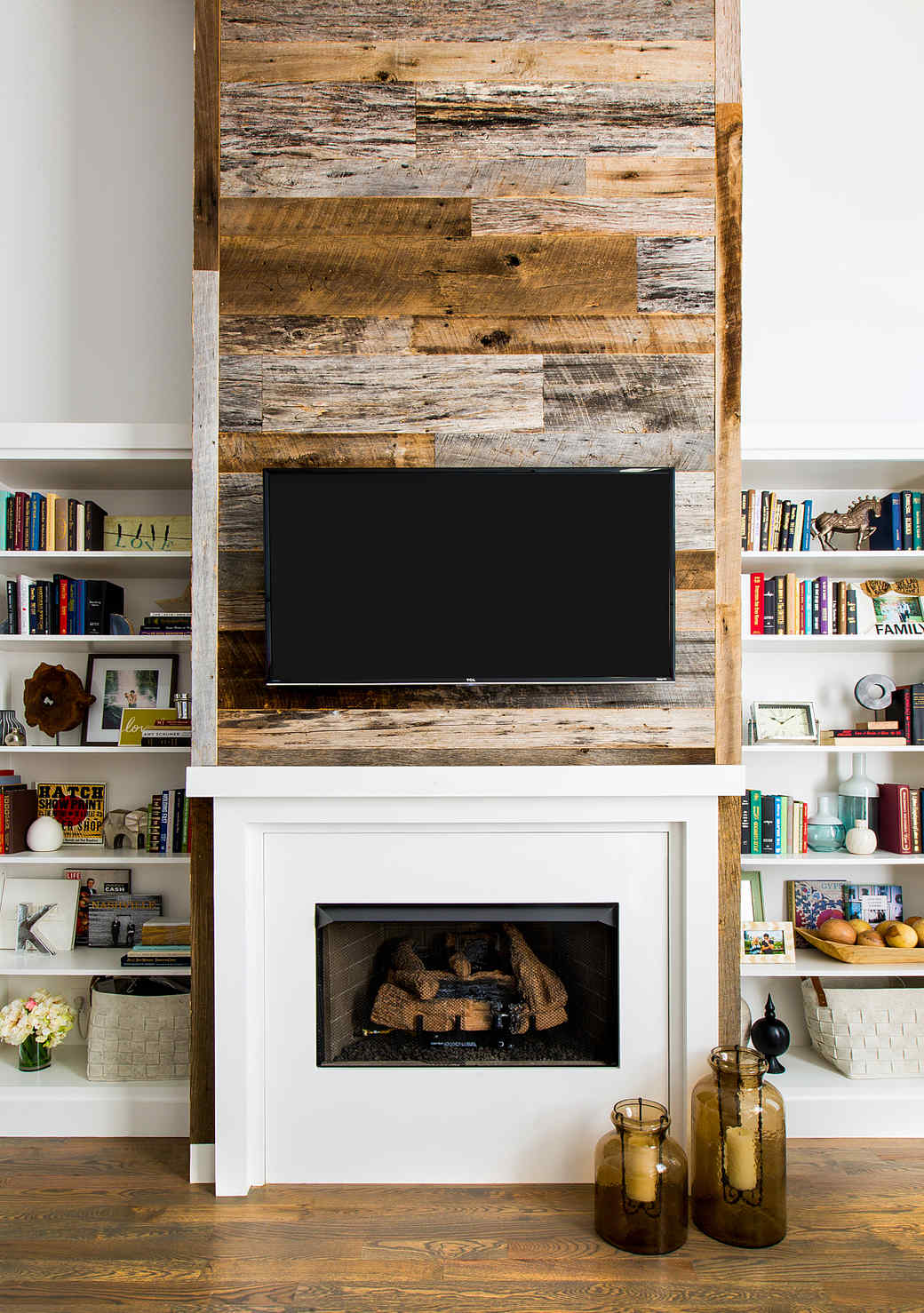 kelsea ballerini living room tv fireplace