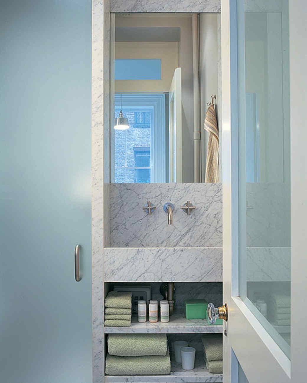 msl_apr03_304s7_bathroom.jpg